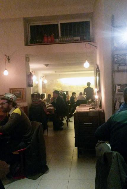 Los Porfiados Madrid, comedor
