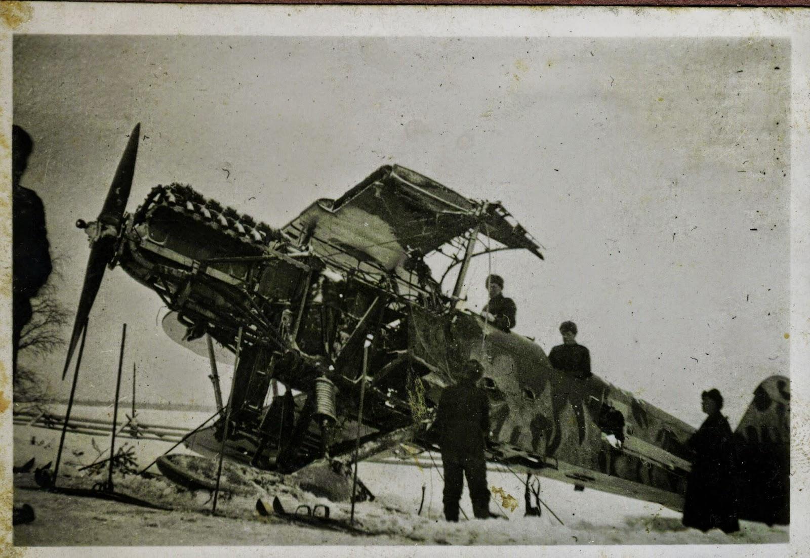 lentokone jäällä, sota-aika