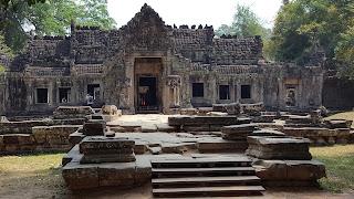 प्रियाह खान मंदिराचे अवशेष