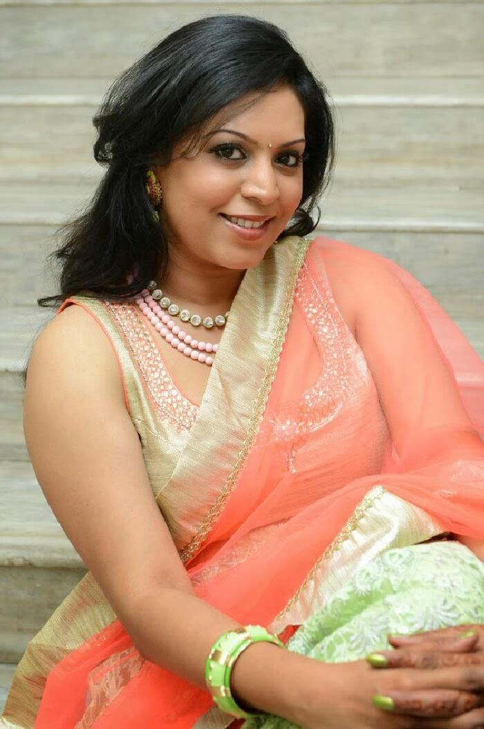 Tamilcinestuff   Singer Madhu Photos In Salwar Kameez At Swiss Bank Ki Daredi Movie Audio -7143