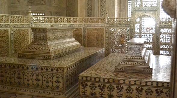 Fakta Menarik Tentang Taj Mahal Yang Tersimpan 1001 Rahsia