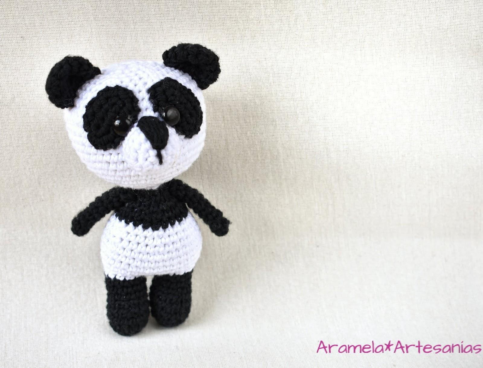 Sweet panda amigurumi pattern | Amiguroom Toys | 1220x1600