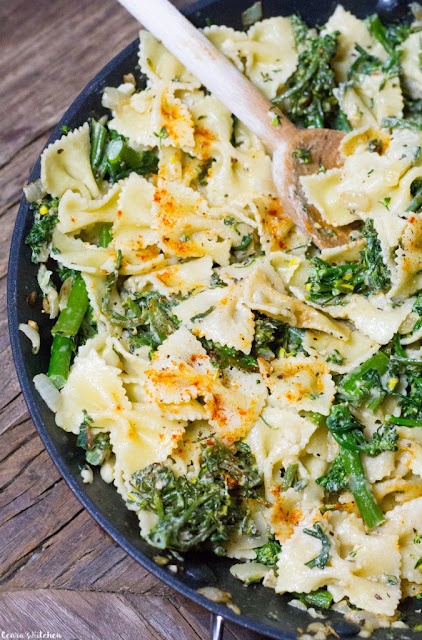 Creamy Tahini Broccolini Pasta