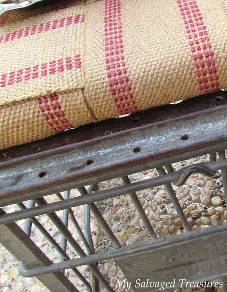 use jute webbing to turn a milk crate into a stool