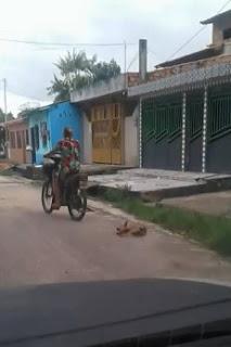 Mulher é presa após arrastar cadela em motocicleta no Pará