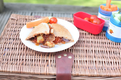 Sandwiches play a significant role in picnic foods here in Britain, but using pittas houses the filling so much easier when eating alfresco.
