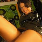 Andrea Rincon, Selena Spice Galeria 5 : Vestido De Latex Negro Foto 78