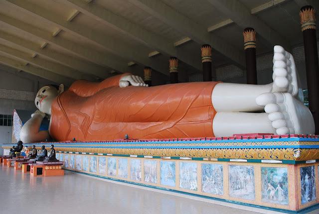 Kelantan Sleeping Buddha Temple