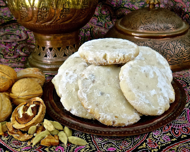 Kashmiri cardamom walnut cookies recipe biscuit easy indian vegan eggless vegetarian