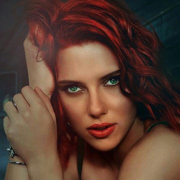 Scarlett Johansson Ins...