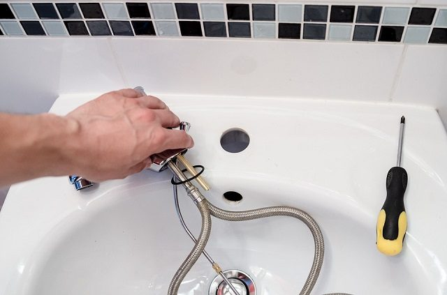 The Four Most Common Reasons to Call a Plumber