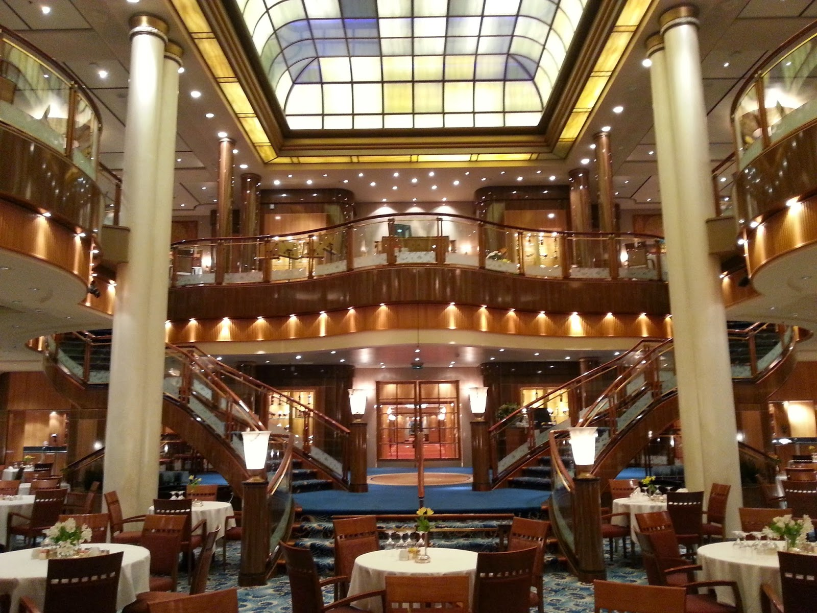 Queen Mary 2 Photo Tour And Voyage, Queen Mary 2 Main Dining Room