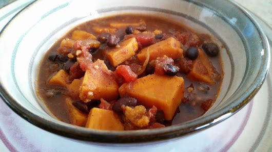 Sweet Potato and Black Bean Chili to Calm Inflammation