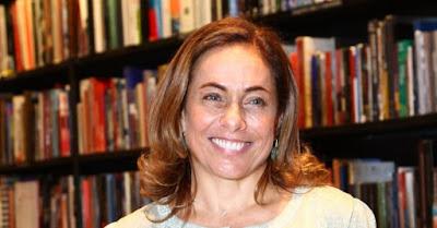 Cissa Guimarães recebe psicografia de filho