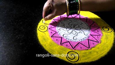 Simple-circular-rangoli-21101ai.jpg