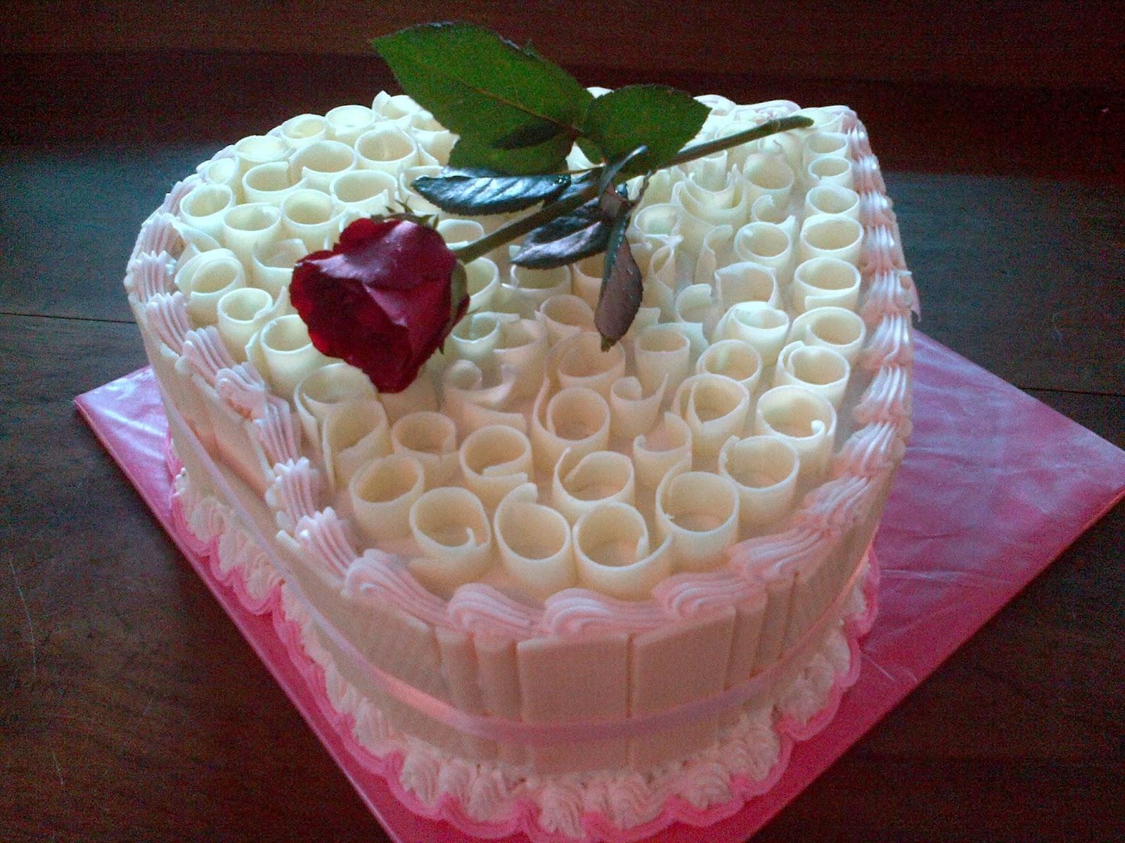 Sarikaya Cakes 12 13
