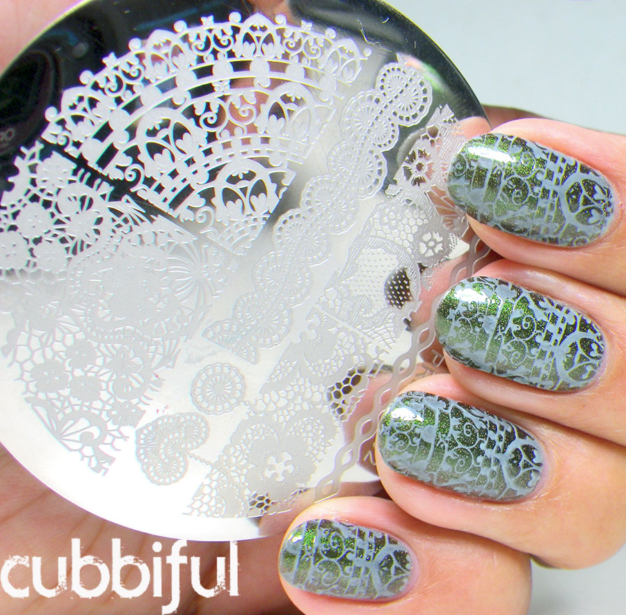 stamping lace nails with born pretty 02
