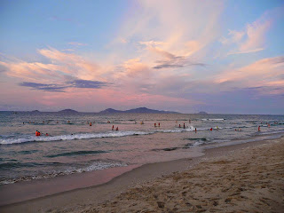 Vietnam, Hoi An, An Bang beach, sunset