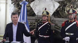 """Macri prometió """"duplicar en cuatro años las autopistas en todo el país"""""""