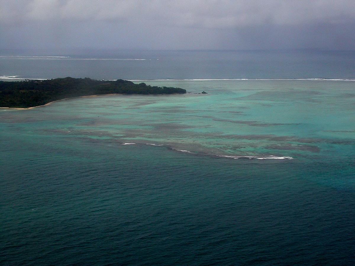 vue de l'île aux Nattes depuis l'avion