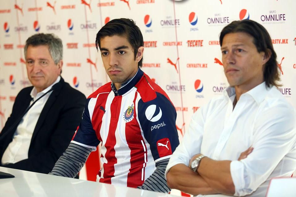 Almeyda mencionó que le dará libertad a Pizarro, pues es polifuncional.