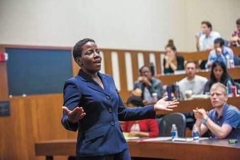 FIRST NIGERIAN, IGBO TO BE APPOINTED PROFESSOR IN HARVARD SCHOOL OF LAW AT AGE 43 - MEET PROF. DAHLIA UMUNNA
