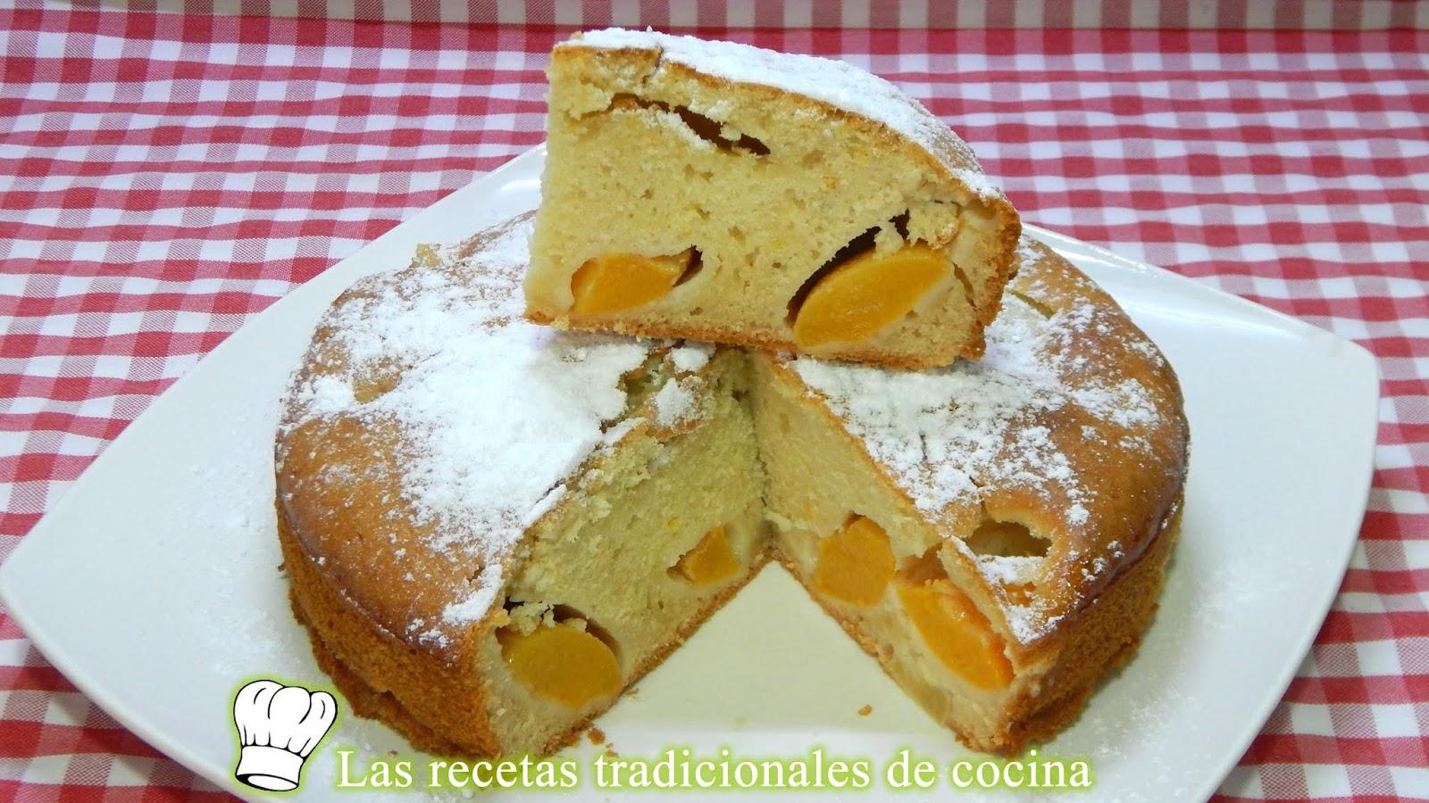 Receta Fácil De Bizcocho De Frutas Muy Jugoso