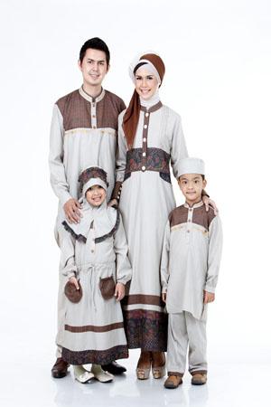 Model Baju Couple Keluarga Muslim Modern Masa Kini