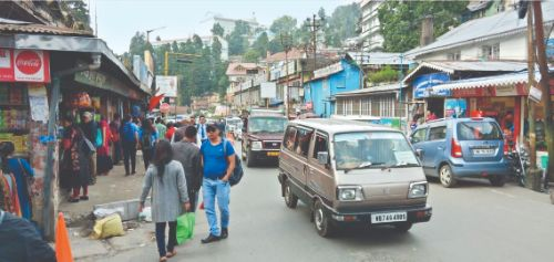 Sporadic violence fails to disrupt normal life in North Bengal
