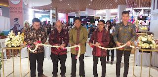 Kantor Kas Bank Mega Resmi Hadir Di Transmart Jambi.