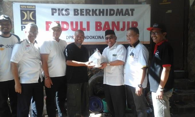 Peduli Korban Banjir, PKS Salurkan Bantuan