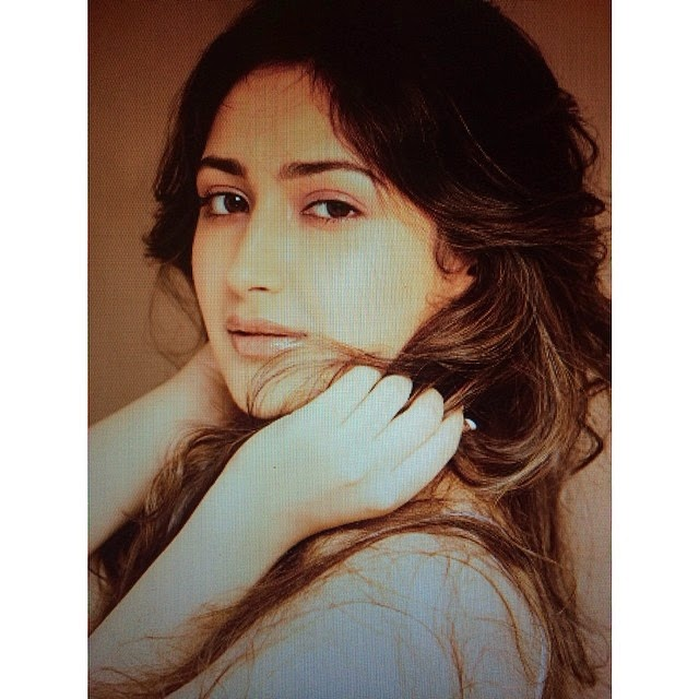 instasi ze , photography , throwback , december , style , is , an , attitude , wear , it , with , confidence , innocence , passion , sexy , fashion ,, Actress Sayesha Saigal Hot Face Close Up Pics, Selfie Images