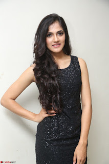 Simran Chowdary Model in Beautiful Black Dress at FBB Miss India 2017 finalists at Telangana auditions (26).JPG