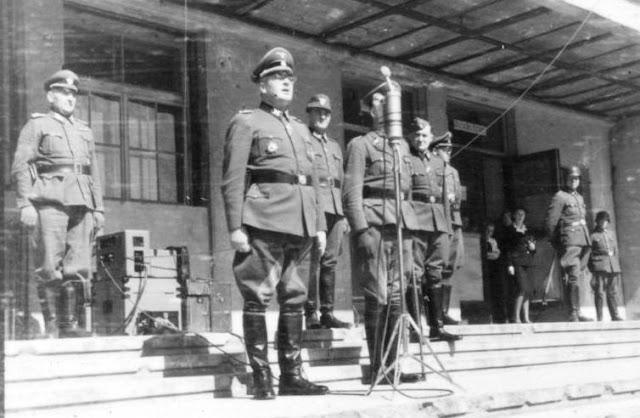 SS General Erich von dem Bach-Zalewski giving a speech, 15 August 1941 worldwartwo.filminspector.com