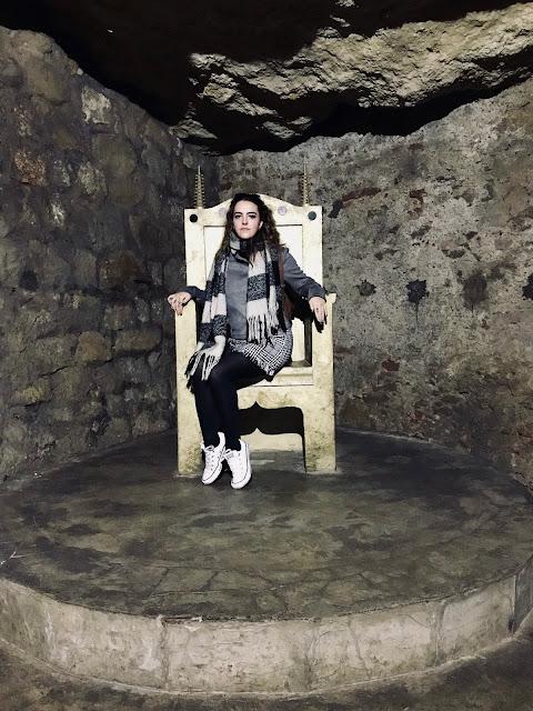 Budapest - Catacombs inner Daenerys Targaryen