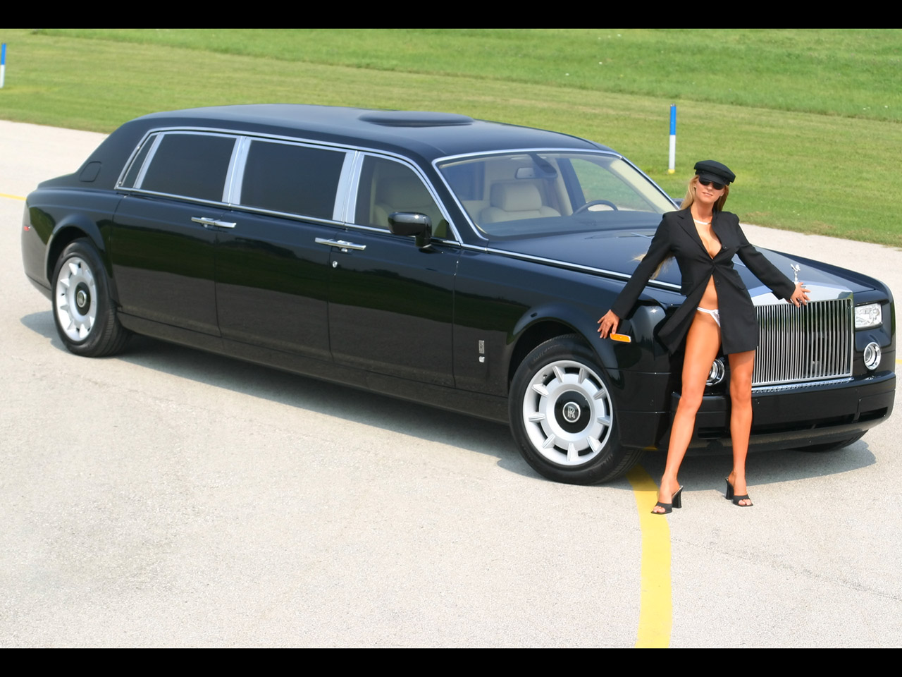 Modified Sports Car Wallpaper Rolls Royce Car Car Models