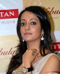 Raima Sen Family Husband Son Daughter Father Mother Age Height Biography Profile Wedding Photos