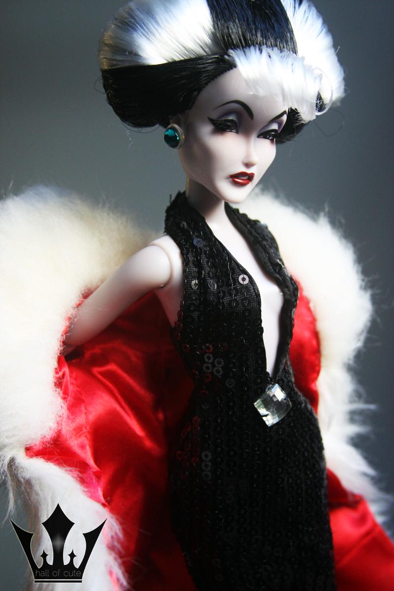 Designer Villains Cruella De Vil Manic Style Hall Of Cute