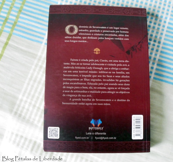 capa, resenha, livro, Filha-da-Profecia, Juliet-Marillier, sevenwaters, fantasia, contracapa, sinopse