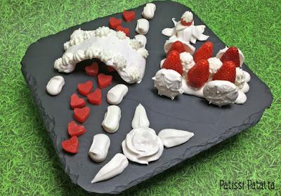 recette avec des fraises, pavlova déstructuré, meringues, fraises, chantilly, dessert design, design sweet, fraises design, dessert design, patissi-patatta