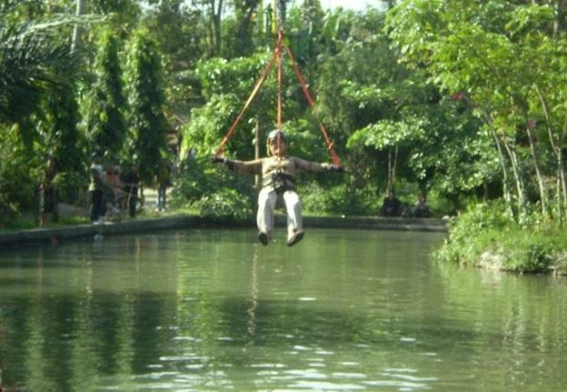 Flying Fox Wisata Taman Botani Sukorambi Jember
