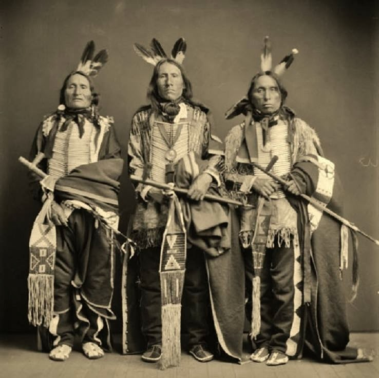 the sioux indians life in north of mexico The reputations, deserved and undeserved, of certain indian tribes north of mexico have been such that their names have passed into english or into the the following eight families: algonquin, catawba, cherokee, huron-iroquois, mobilian (choctaw and muskhogee), natchez, sioux or dahcota, uchee.