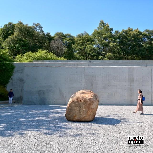 【李禹煥美術館】極簡風格現代美術館 感受空間光影轉換玄妙