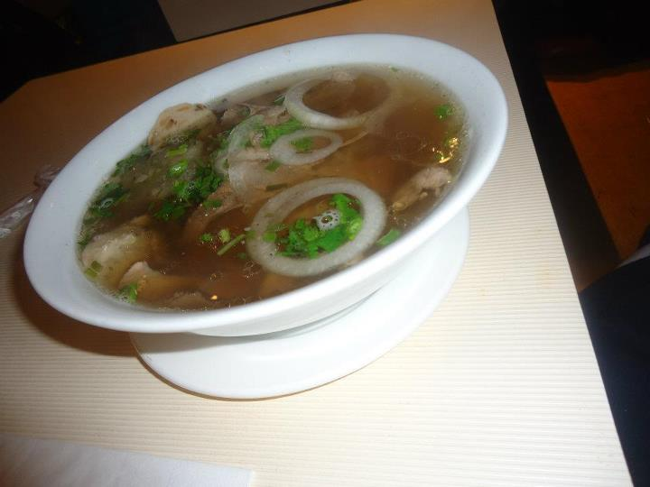 Aldous ate the World: Nothing but hot noodles at Pho Hoa on a rainy day