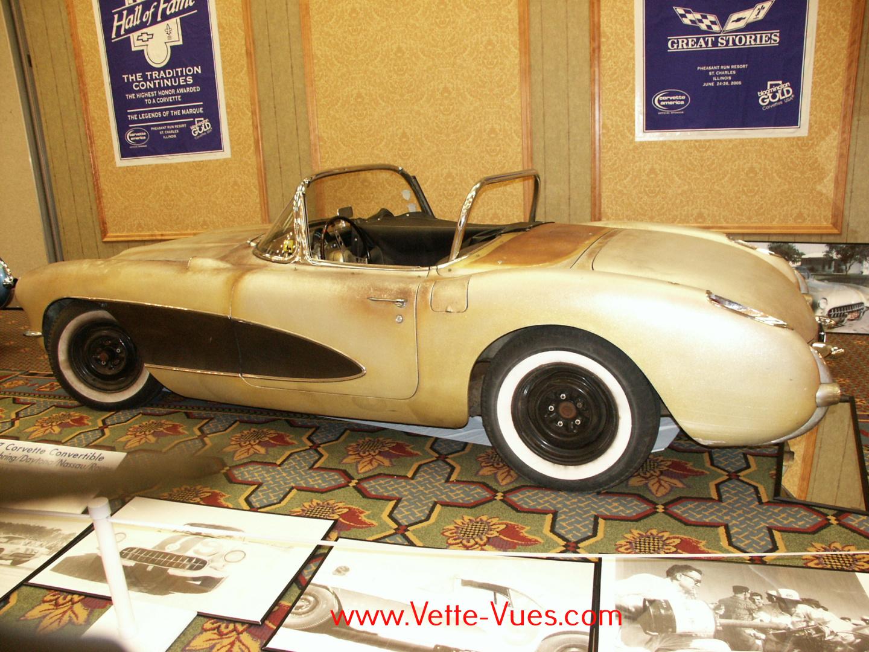 vette vues magazine blog 1957 corvette convertible. Black Bedroom Furniture Sets. Home Design Ideas