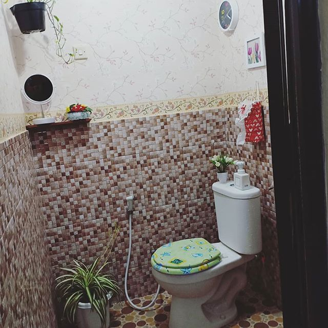 Desain Ruang Tamu Minimalis Ukuran 2x2 desain kamar mandi sederhana ukuran 2x2 dinding tanpa