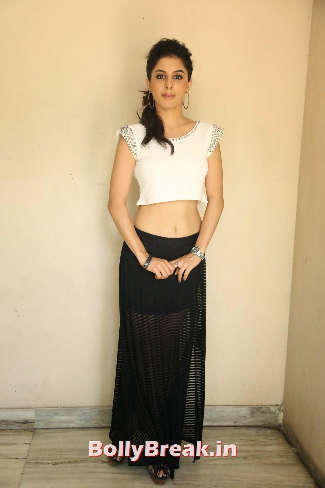 Isha Talwar (6), Isha Talwar Pics in Tank Top - Navel Pics - Bollybreak Glam Actress of the Day