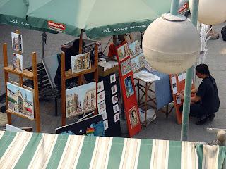 Artista Pintando em Frente ao Mercado Del Puerto, Montevidéu