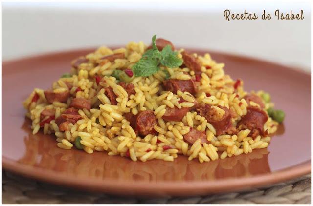 receta-de-arroz-con-chistorra-y-salchichas