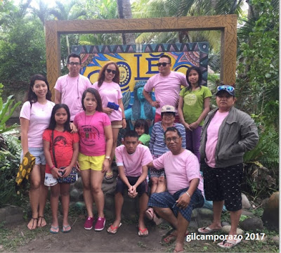 Camporazo family at Soleo Beach, San Enrinque, Neg. Occ., PH